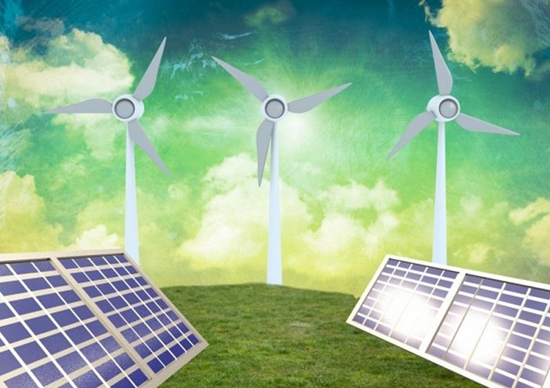 Windräder & Solaranlage